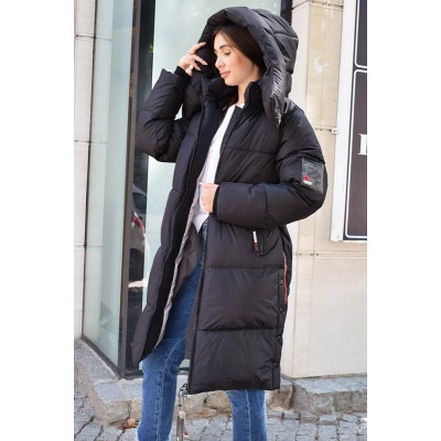 Зимнее пальто пуховик женское