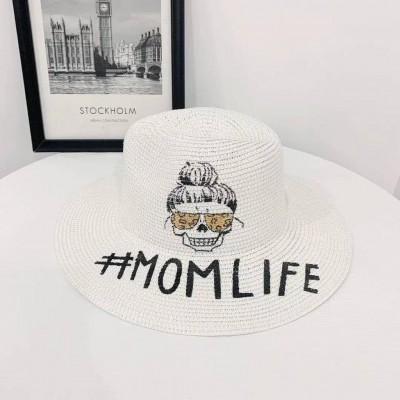 Шляпа с рисунком МОМ