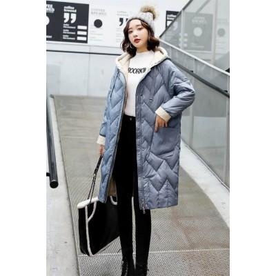 Пуховик-пальто с вязаным капюшоном