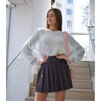 Вязанный свитер в нежных оттенках